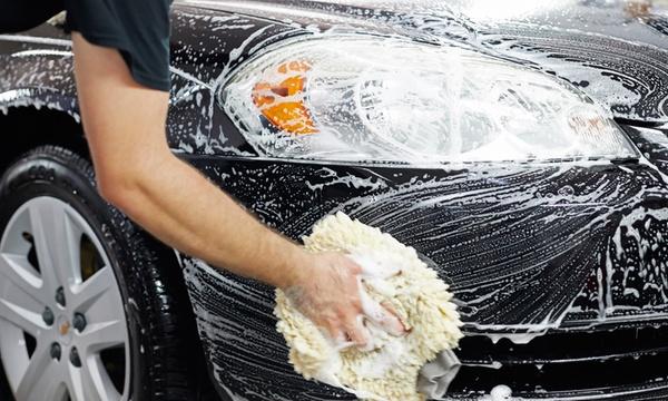uw auto laten poetsen door professionals bij city cars lisse